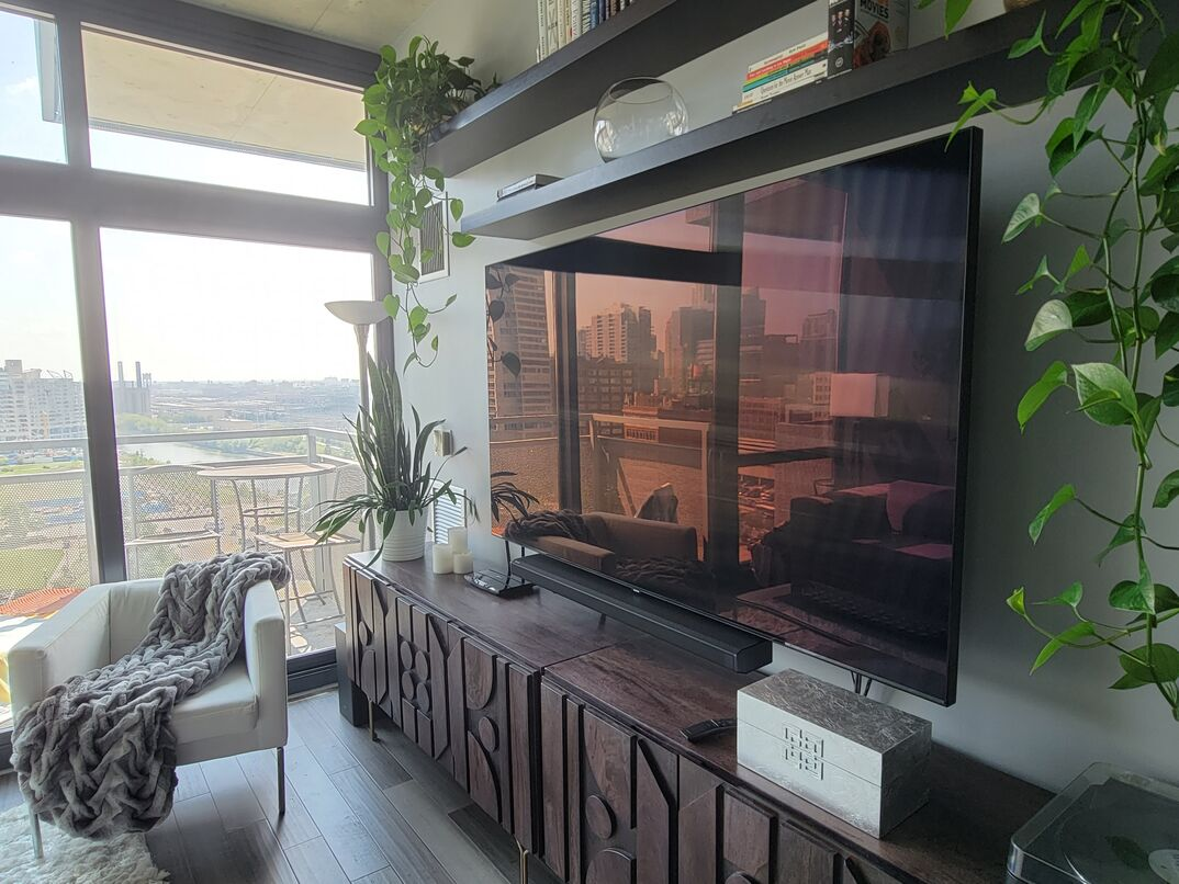 Cost to mount a flatscreen TV