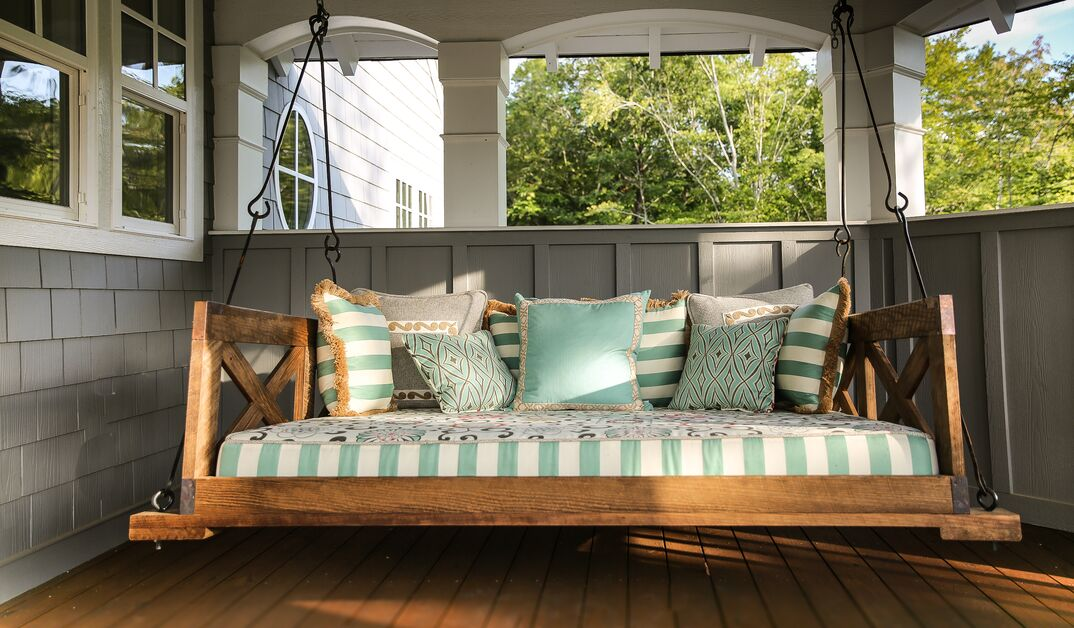 Home Architectural Custom Lake House Swing