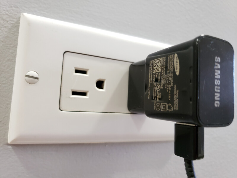samsung plug in socket