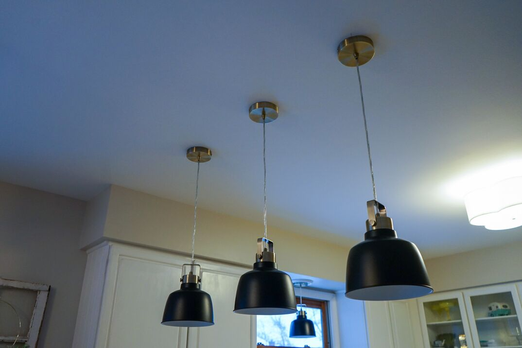 pendant lights hanging in kitchen