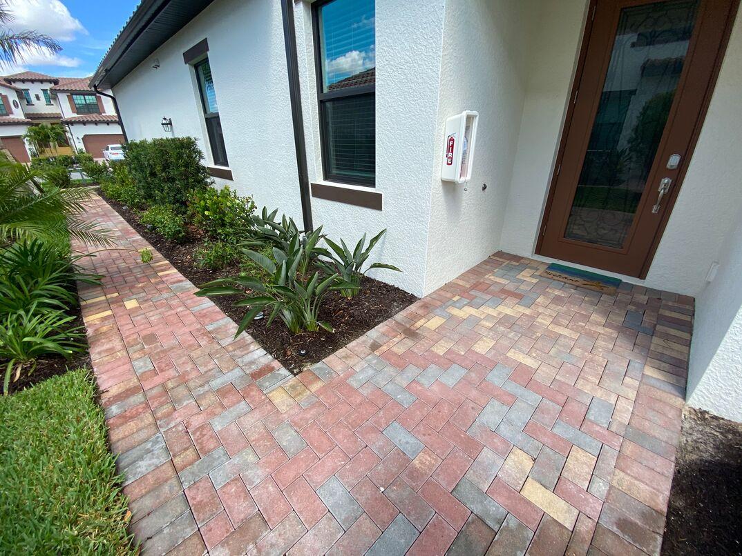 Patio paver brick walkway