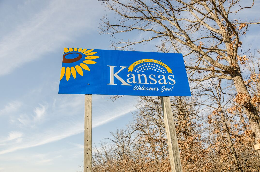 Kansas state welcome sign along interstate