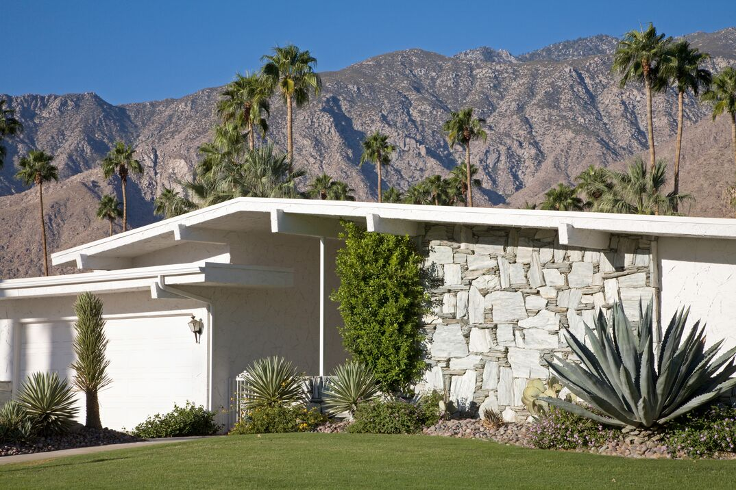 CA, Mid Century Modern Architecture utilizing xeriscaping in Palm Springs