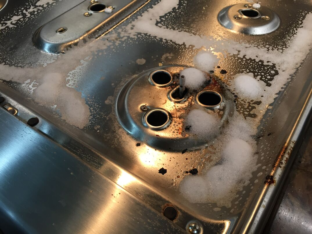 GE oven and stovetop detail