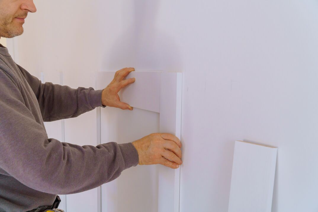 Wall moulding trim custom house building contractor