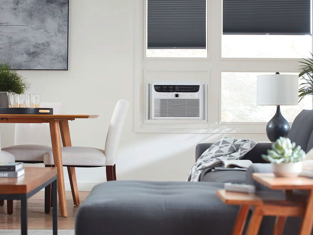 000 BTU Connected Window-Mounted Room Air Conditioner